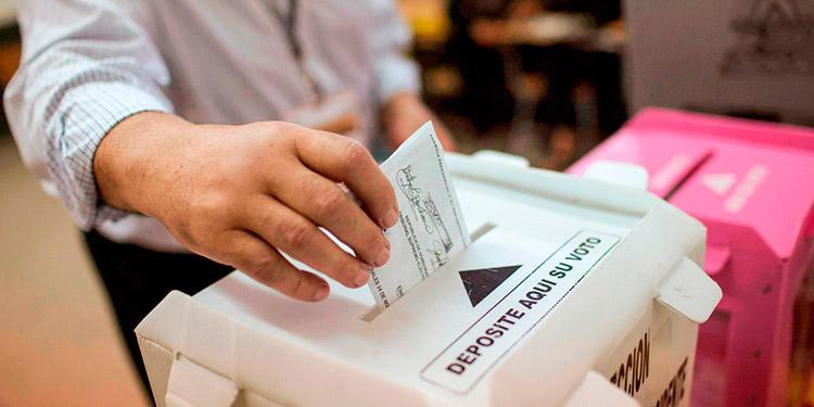En el debate de la nueva Ley Electoral, los diputados aprobaron por mayoría calificada de votos, el Capítulo III, que contiene siete artículos, que versan sobre el Censo o Padrón Electoral.