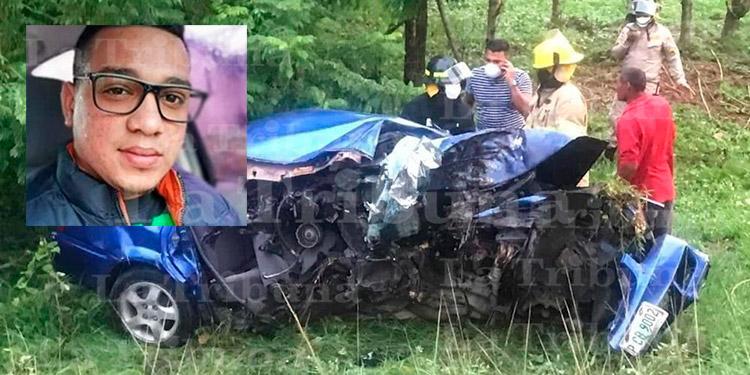 Joven muere en accidente vial cuando regresaba del velorio de su esposa