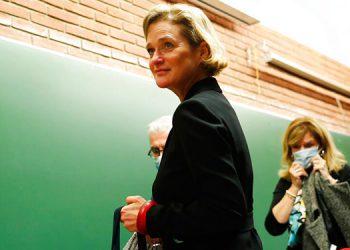 Bélgica: ex rey Alberto conoce a su hija Delphine