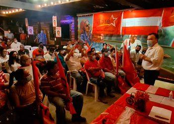 Darío Banegas anunció que va hasta el final del presente proceso.