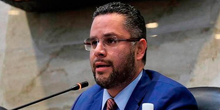 """David Chávez: No van a quitar a """"Papi"""" del camino electoral"""