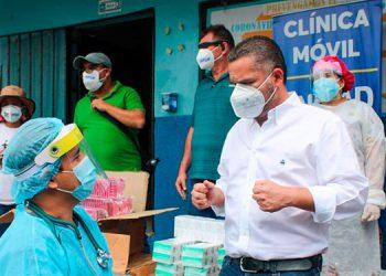 Chávez explicó que las clínicas móviles son de gran ayuda para los capitalinos.