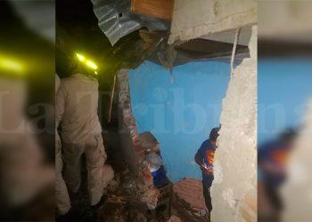 Lluvias dejan derrumbes, caídas de arboles y daños en una vivienda de la capital