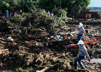 Al menos seis muertos por un deslizamiento de tierra en el norte de El Salvador