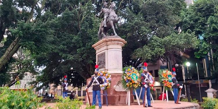 """Honduras celebra el """"Día del Soldado"""" en honor al general Francisco Morazán"""