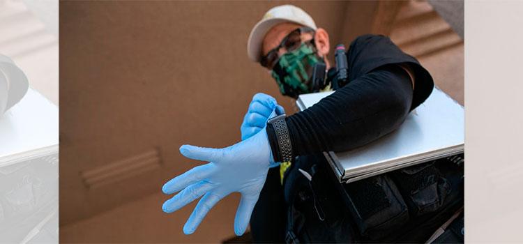 Roban más de 6 millones de guantes para hospitales de Florida