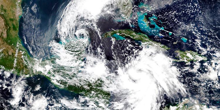 Huracán Delta alcanza categoría 2 en su avance hacia Yucatán