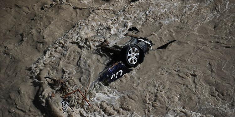 Inundaciones en Europa sacan cadáveres de cementerios