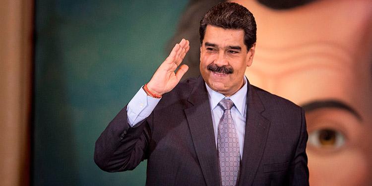 Maduro felicita a Arce y a Bolivia por 'retomar el camino democrático'