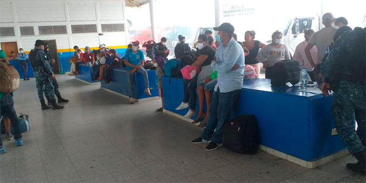 Migración reporta 110 hondureños retornados desde Guatemala