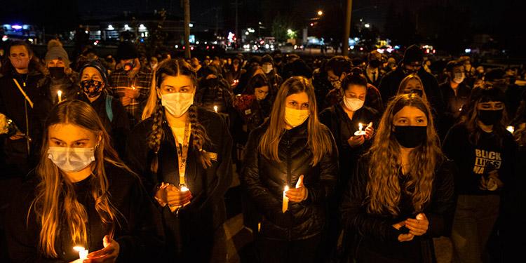 EEUU: disturbios en vigilia por víctima de balacera policial