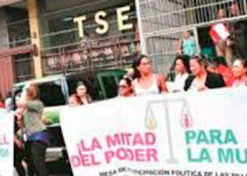 Mujeres buscan elevar participación del 7% y 21% en alcaldías y diputaciones