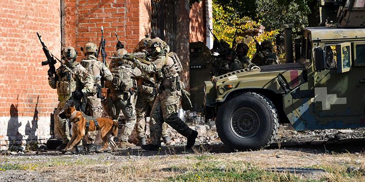 Los terroristas buscan nuevos blancos ante la pandemia según el MI5