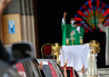 Autorizan a iglesias venezolanas a reabrir sus puertas