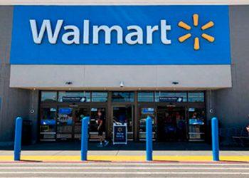"""Walmart retira armas y municiones de estantes en sus tiendas de EEUU debido a la """"agitación civil"""""""