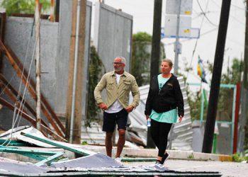 El huracán Zeta pasa sobre México, alerta en Nueva Orleans