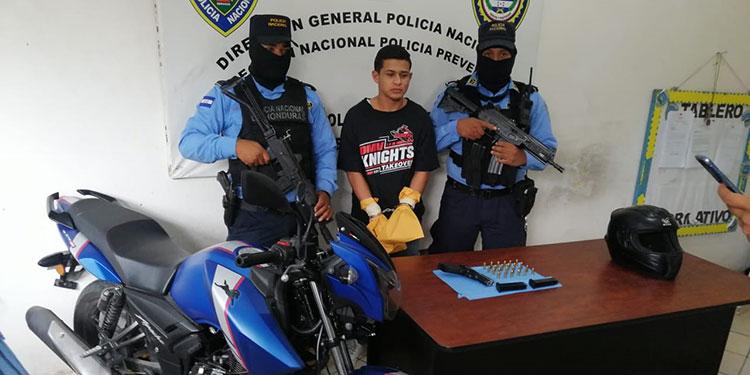 """Prisión preventiva contra """"Chibola"""" por matar a busero"""