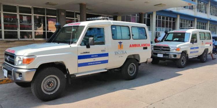 Las dos nuevas ambulancias tienen un costo mayor a los dos millones de lempiras, informaron las autoridades.