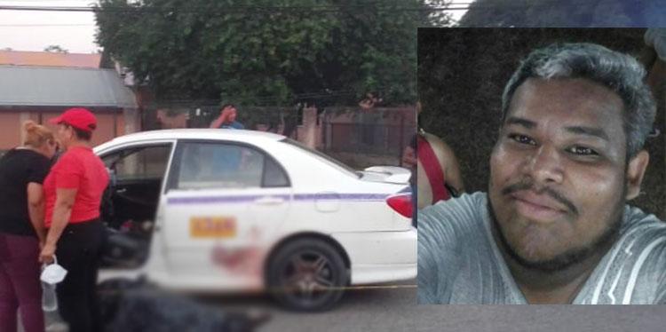 El taxista Marvin Alexander Irías Alvarado (foto inserta) trató de salir del taxi 1316, pero cayó muerto al lado del automotor.