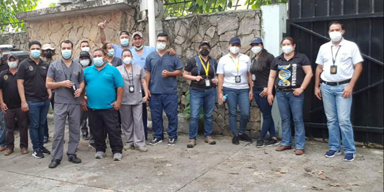 Los empleados del Ministerio Público trabajarán en el reconocimiento científico de cadáveres.