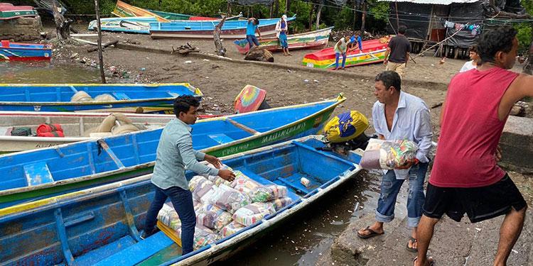 Ayuda alimentaria llega a 96 familias de isla Tomasón Wipo