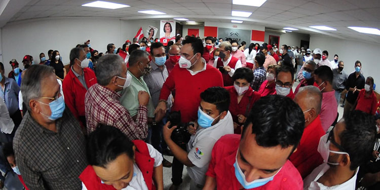 Cambiaremos radicalmente nuestro sistema de salud y educación, dijo Luis Zelaya.
