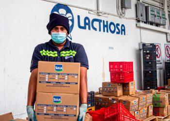 Lacthosa brinda apoyo a colaboradores afectados por Eta