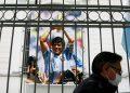 Allanan el consultorio e 'imputan por homicidio culposo' a médico de Maradona