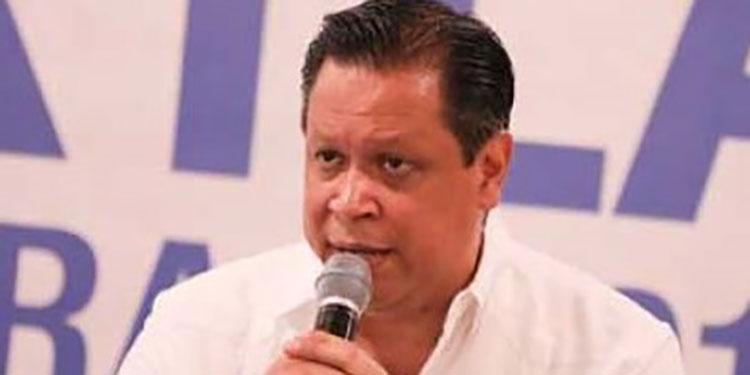 """Menotti Maradiaga: """"Se necesita darle esperanza al pueblo hondureño ante estos momentos difíciles""""."""