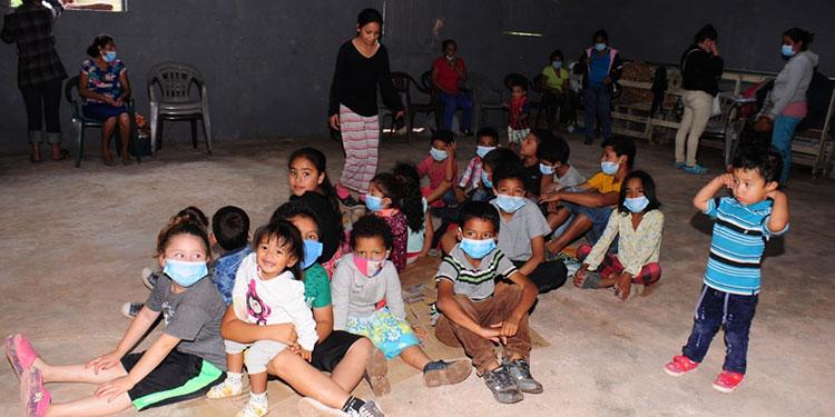 Los menores de edad requieren de víveres y colchonetas, leche, entre otros insumos.