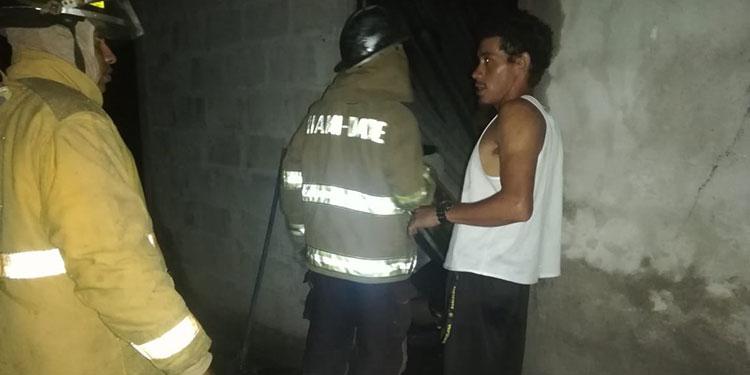 Lamentablemente cuando los bomberos lograron controlar el incendio los menores ya habían muerto calcinados.