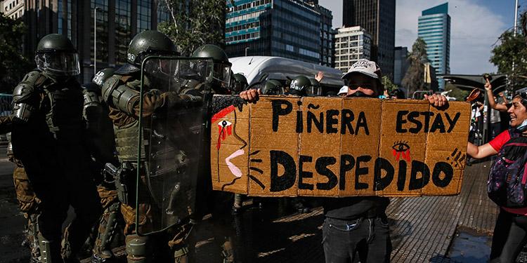 Protestan en Santiago de Chile contra el gobierno