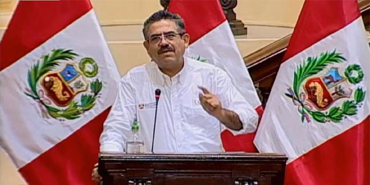 Manuel Merino, otro desconocido que asume la presidencia de Perú