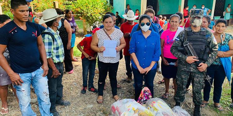 Los pobladores se mostraron agradecidos por las ayudas recibidas.