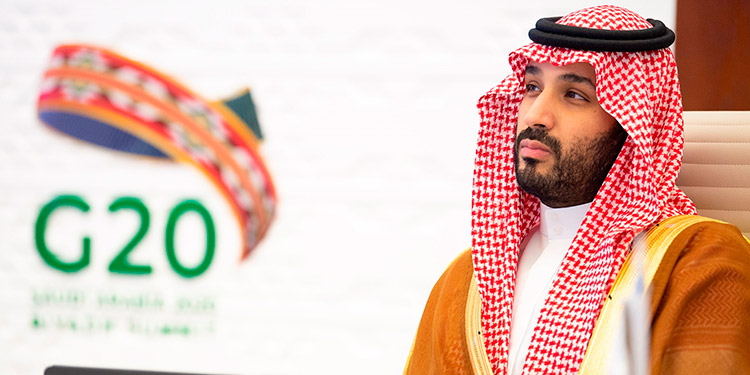 Rey saudí pide al G20 que se comprometan a economías circulares tras la COVID-19