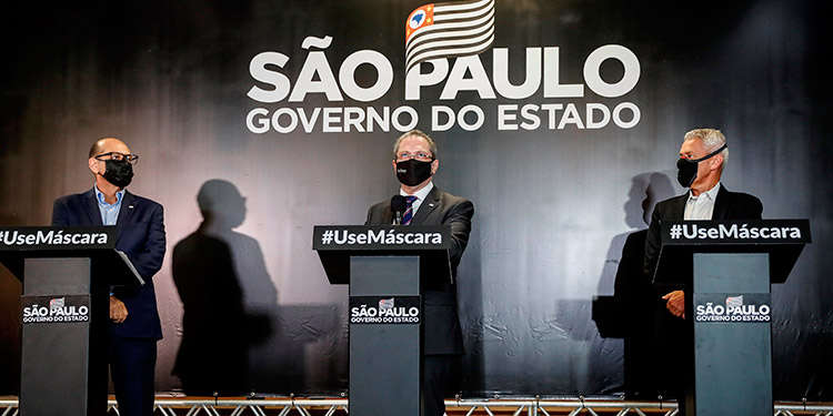 Sao Paulo, sorprendido e indignado por la suspensión de los test de la vacuna china