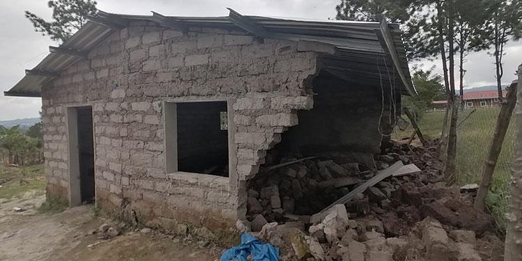 La casa de Oraldo Pineda Pérez resultó destruida por completo.