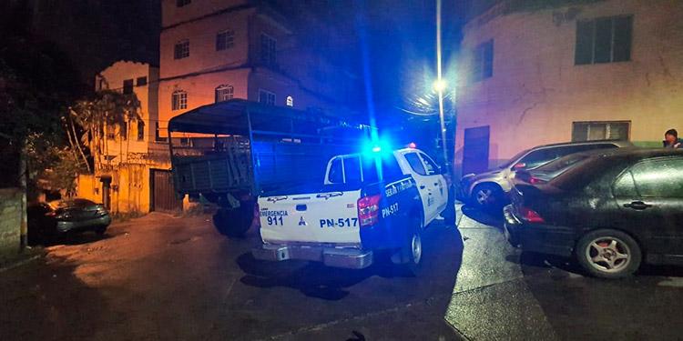 Pistoleros balacean taxista antes de llegar a su casa