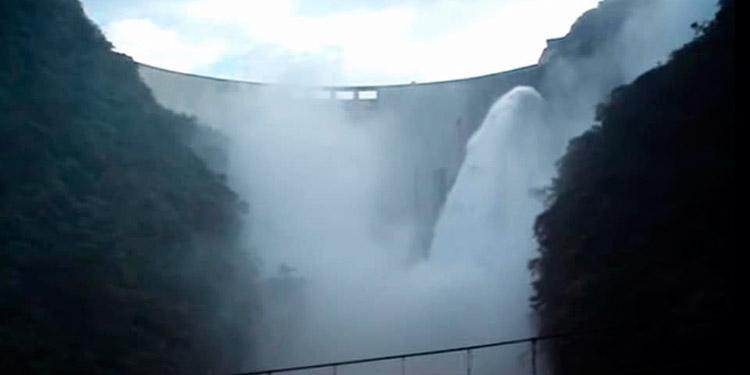 Anuncian descargas controladas en la represa El Cajón (Video)