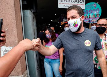 Brasil: Abren los centros electorales de 57 grandes urbes, incluyendo Sao Paulo y Río