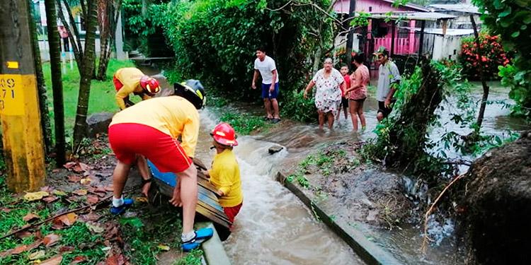 Embajada de EEUU alerta sobre inundaciones catastróficas en Honduras por 'Eta'