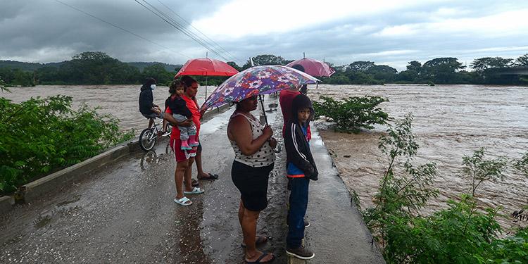 Copeco realiza reporte general de daños por lluvias en el país