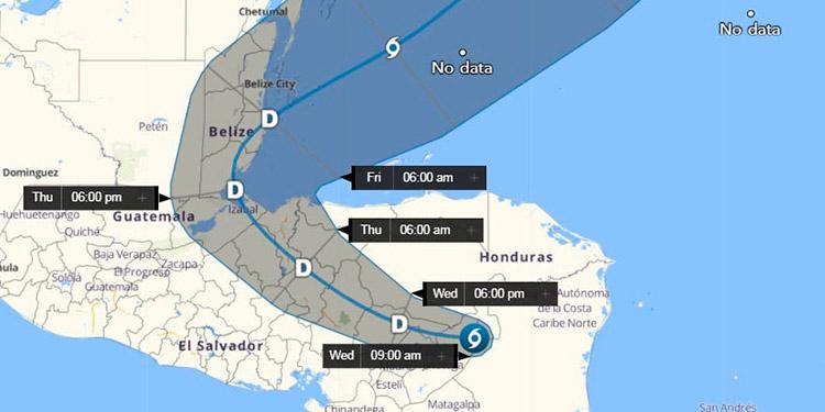 Ojo de Eta convertido en tormenta tropical llega a Honduras