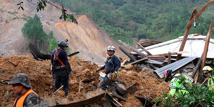 Guatemala eleva a 42 la cifra de fallecidos por la depresión tropical Eta