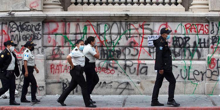 Guatemala: Regresa la calma, pero crece repudio al gobierno
