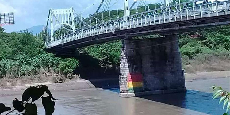 El nivel del caudal del rio Choluteca está bajo y no representa peligro, pero en las próximas horas el panorama podría cambiar.