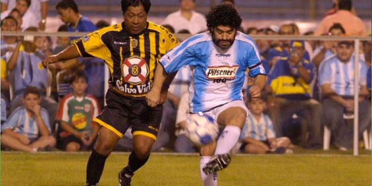 Maradona visitó Honduras en 2006