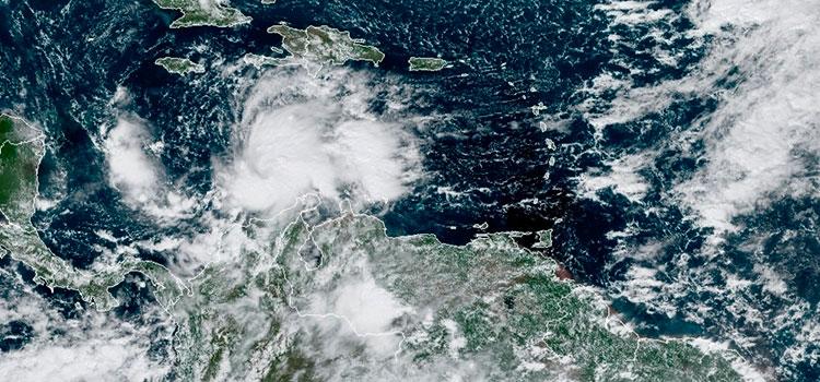 Nicaragua vigila la formación de ciclón que amenaza tras el destructivo Eta