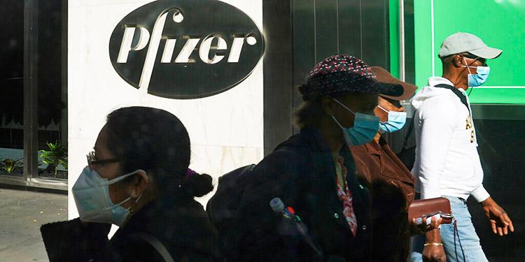 Pfizer pide uso de emergencia de su vacuna en EEUU