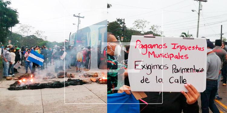 Pobladores de seis colonias realizan protesta en la salida al sur